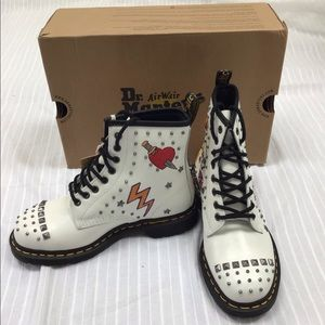 DOC MARTENS ROCKABILLY 1460 BOOT